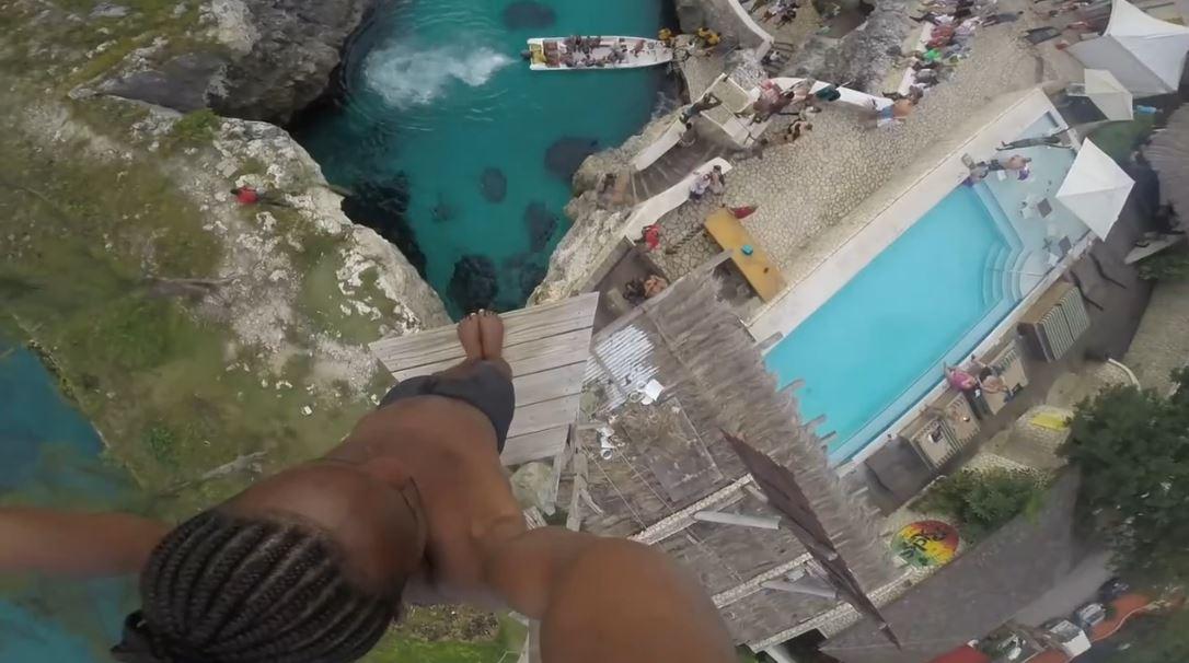 plongeon-dangereux-negril-jamaique